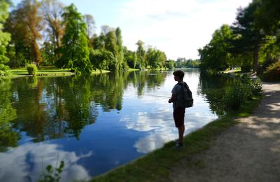 Le petit pêcheur-Bois de Boulogne-01-09-14