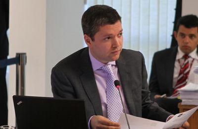 Brésil: nouvelle démission d'un ministre dans l'affaire Petrobras