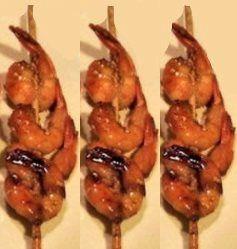 Brochettes de crevettes laquées