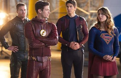 Super-Crossover Flash/Arrow/Supergirl/Dc's Legend Of Tomorrow : Crisis on Earth-X