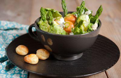 Salade d'asperges vertes au roquefort et petits choux