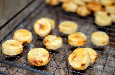 Sablés à la farine de petit épeautre, parmesan et chorizo