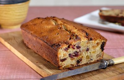 Cake à la pulpe de pommes et aux fruits secs