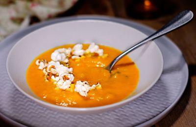 Soupe de potimarron au pop corn