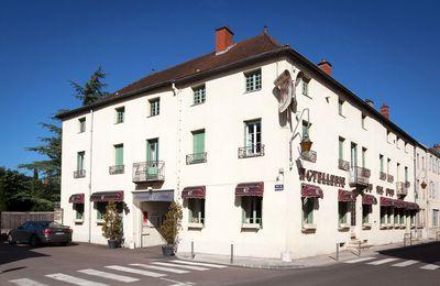 L'hôtel Ermitage de Corton**** rachète le Val d'Or à Mercurey