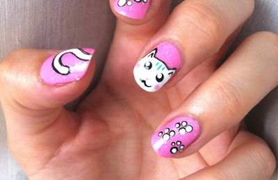 nail art chat - tuto inside