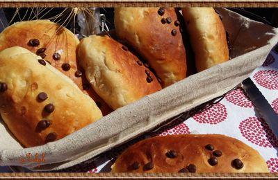Petits pains briochés au yaourt bien moelleux