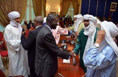 Nouvelles violences au Nord du Mali : Réponse à un accord de partition non-signé ? (Cameroon Voice)