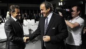 Mondial au Qatar : Blatter charge Sarkozy et Platini (Le Monde)