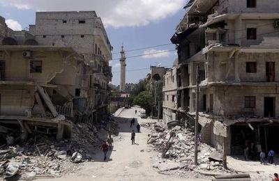 Le groupe terroriste Jaish Al-Fatah capture une ville syrienne à 15 km d'Alep dans une bataille qui a fait 73 morts (Scroll.in)