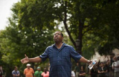 Retour sur les multiples cas de brutalités policières envers les Noirs aux USA (AFP)