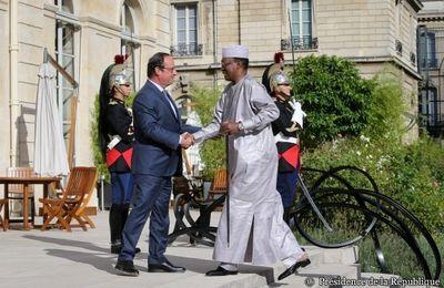 Le 20 aout, le dictateur Idriss Déby était reçu à l'Elysée par le chef de guerre François Hollande
