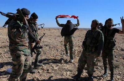 L'armée syrienne récupère des territoires à Deir Ezzor après que les Etats-Unis aient attaqué leurs positions (Al-Masdar)