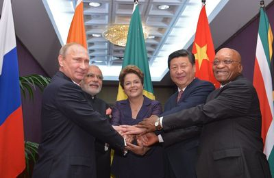 Washington tente de briser le BRICS - Le pillage du Brésil commence (New Eastern Outlook)