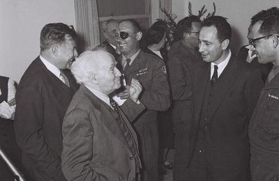 Les crimes de Shimon Peres (Video)