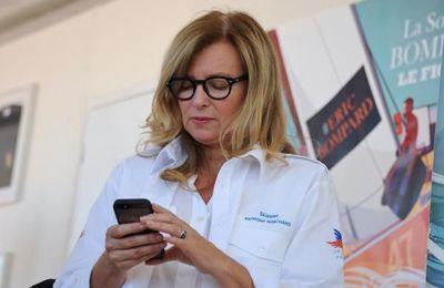 """Valérie Trierweiler révèle un message attribué à Hollande sur les """"sans-dents"""" (AFP)"""