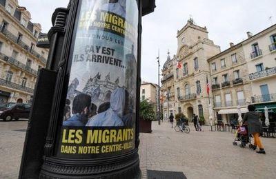 France : des affiches anti-migrants placardées par un maire d'extrême droite (AFP)
