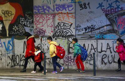 Des mineurs étrangers sont refoulés de façon irrégulière de France vers l'Italie (Russia Today)