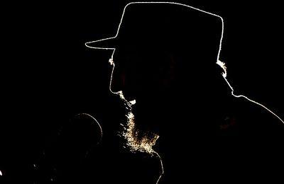 Ces 638 fois où la CIA a voulu se débarrasser de Fidel Castro (Le Monde)