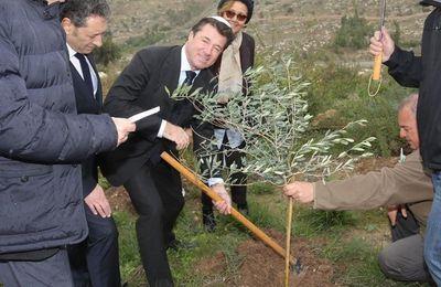En Israël, Estrosi donnera 50 000 euros d'argent public à une organisation œuvrant à la colonisation (Russia Today)