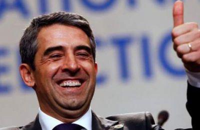 Bulgarie: le président demande à son successeur de s'aligner sur l'UE (AFP)