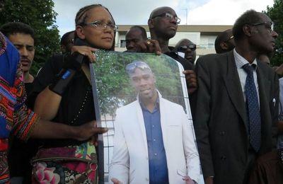 Les frères Traoré ont été condamnés pour «rétablir l'autorité des forces de l'ordre» (Mediapart)