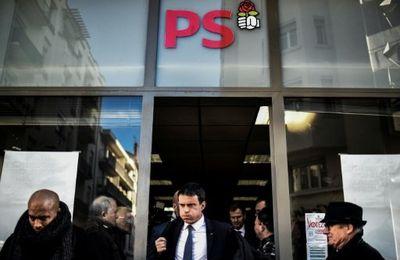 Un jeune homme gifle l'ex Premier ministre Manuel Valls (Vidéo)