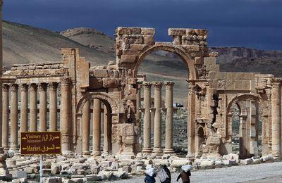 Syrie : l'armée gagne du terrain à Palmyre (Press TV)