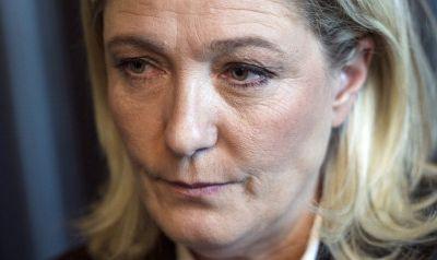 Marine Le Pen pourrait-elle mener une purge des fonctionnaires si elle est élue ? (Europe 1)