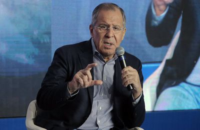 Lavrov adresse aux chefs d'Etat de la planète un appel à instaurer un « ordre mondial post-occidental » (The Independent)