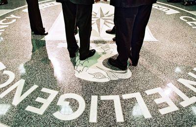 WikiLeaks révèle comment la CIA a déguisé les origines de ses attaques informatiques en les déguisant en piratage russe ou chinois (Mail Online)
