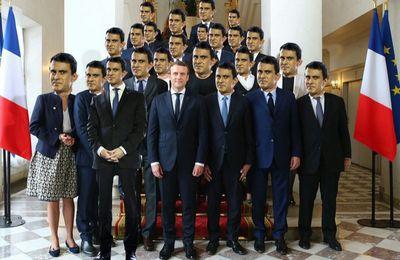 Manuel Valls était (presque) sur la photo de famille du gouvernement (Huffington Post)