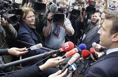 """""""Travail de sagouin"""", """"gros connard""""... Quatre fois où Emmanuel Macron et son équipe s'en sont pris aux journalistes (France Tv infos)"""
