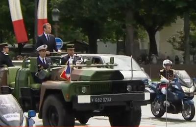 Sous le régime de la Vème : une task force sous contrôle du chef de guerre sans aucun contrôle parlementaire et gouvernemental
