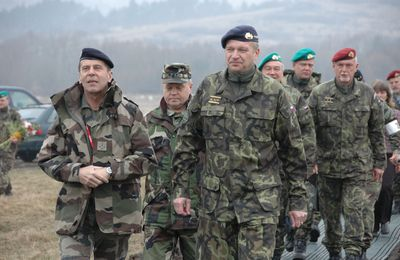 """L'ancien chef d'état-major, Bentégeat, déclare qu'en Libye, la France sous Sarkozy : """"en a profité pour faire disparaître Kadhafi"""""""