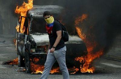 VENEZUELA :Attaque de la base militaire de La Carlota (Albaciudad)