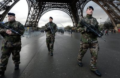 France : Contre le terrorisme, l'état d'urgence s'incruste (Mediapart)