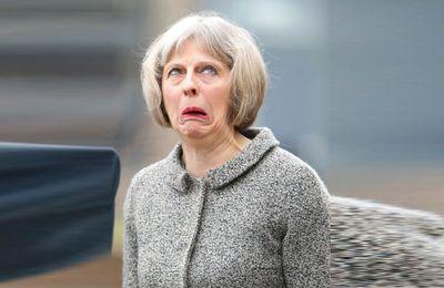Les larmes de Theresa May à l'annonce du résultat du 8 juin (Reuters)