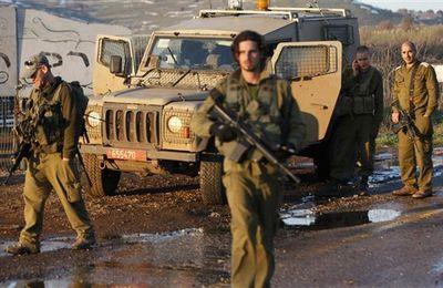 [Vidéo] Un soldat israélien tire sur un adolescent qui s'enfuit, puis le roue de coups (The Electronic Intifada)