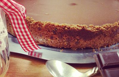 Key chocolate pie