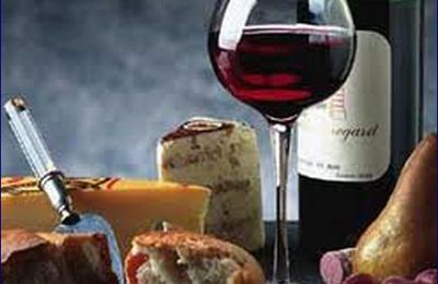 Come scegliere il vino giusto per ogni pietanza