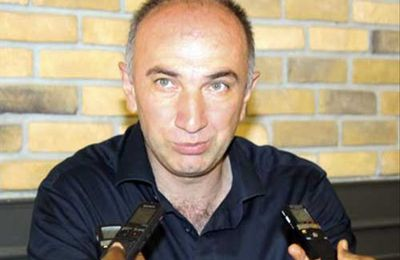 Aziz Kaya, propriétaire du café Aziz Istanbul : « Quand les choses ont commencé, les policiers étaient les premiers à fuir »