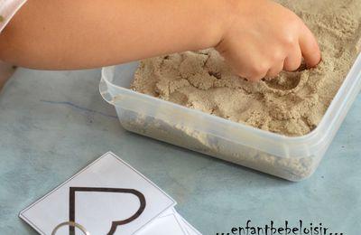 Reproduire des formes dans le sable