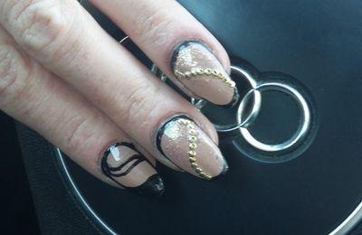 nail art contouring noir