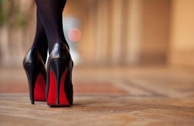 Faut-il porter obligatoirement porter des talons pour être féminine?