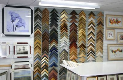 Framing Service Wimbledon: Frames to Enhance Your Picture!