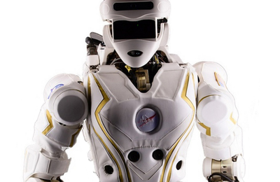NASA Awards Two Robots to University Groups for R&D Upgrades