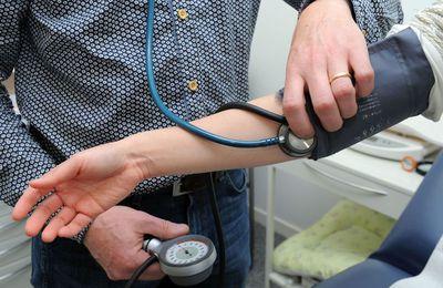 Vers une Solution NTIC face aux problématiques de déplacement des médecins et de salle d'attente bondées, de désistements, ...