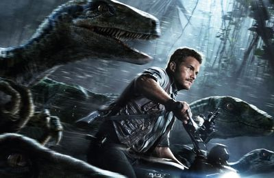 Jurassic World : Universal officialise la production d'une trilogie avec Spielberg et Colin Trevorrow
