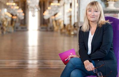 """Christine Bravo de retour avec """"Sous les jupons de l'histoire"""" ce samedi sur Chérie 25"""